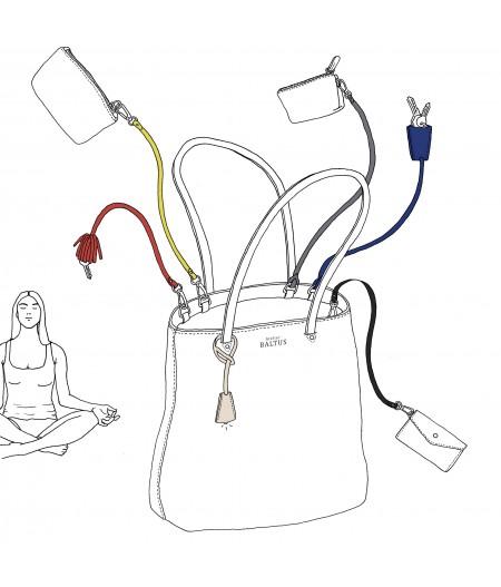 Accessoire sac à main en cuir