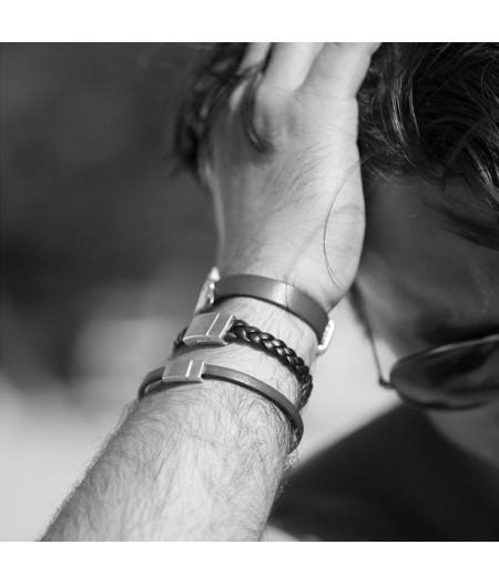Bracelet tressé en cuir noir
